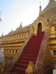 Shwe ZI Gone Pagoda, Bagan, Burma